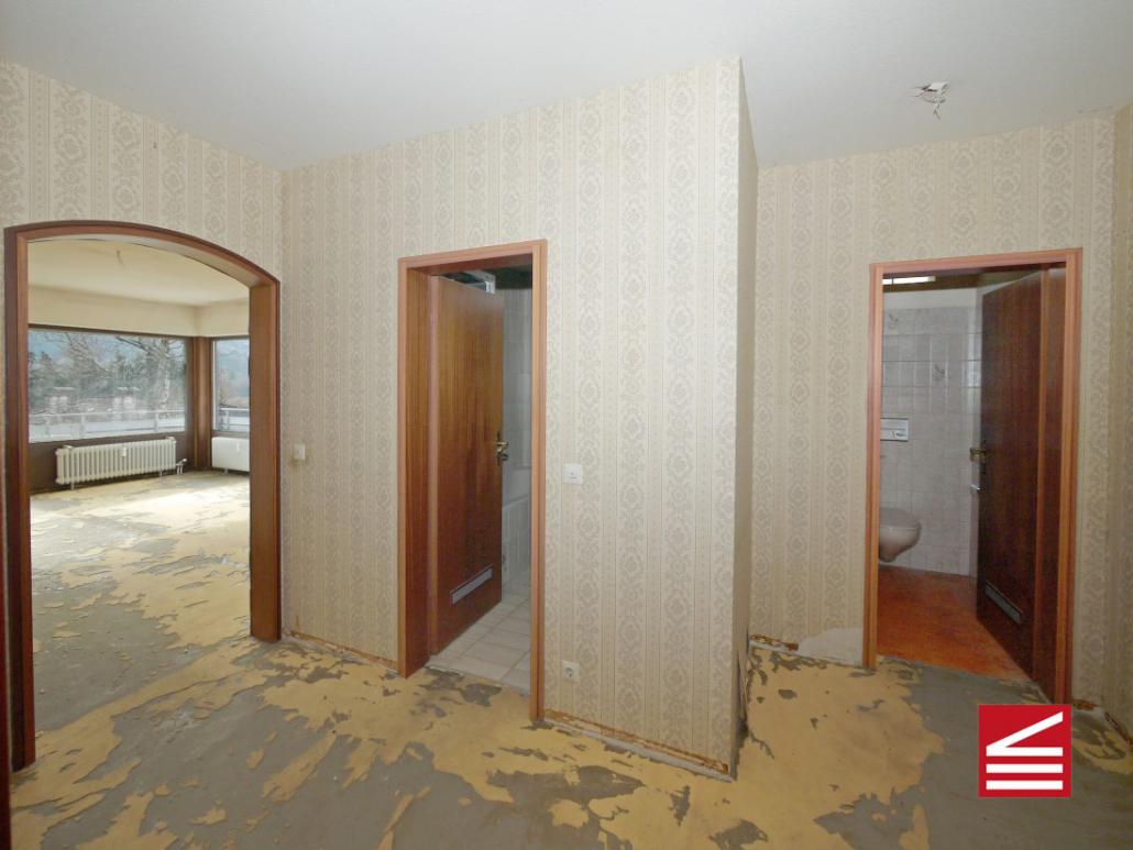Baden Baden Zentrum Attraktiv Geschnittene 25 Zimmer Wohnung